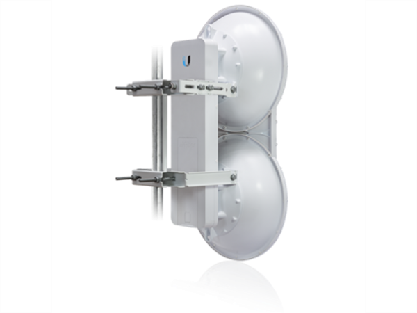 AirFiber 5GHz Upper Frequency AF5U 5.7 - 6.2 GHz TDMA/FDD
