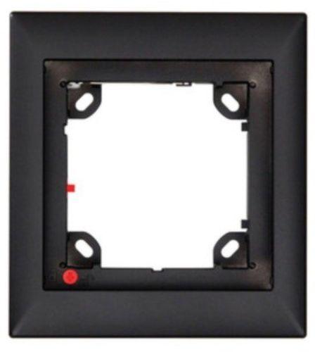 Single Frame, Black